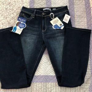 NWT YMI Wannabettabutt dark denim bootcut jeans!